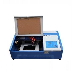激光刻章机3020工艺品亚克力激光雕刻切割机