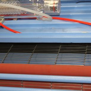1600x1000mm 自动送料无纺布毛绒玩具激光切割机裁床